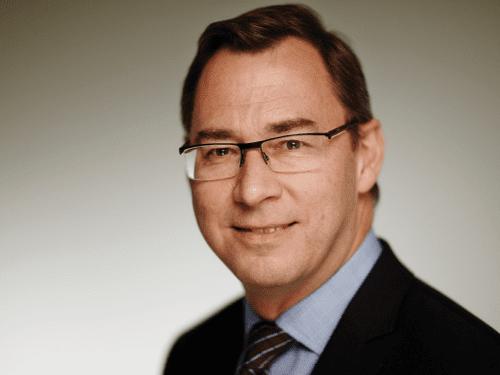 howard leach head of exploration bp oil and gas council